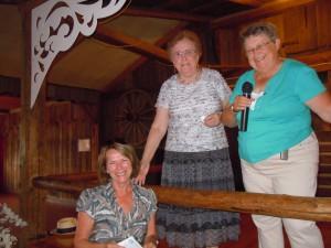 2012-08-23 nonrentrée MarieMartheVéronneault HuguetteMassé tirage FLG