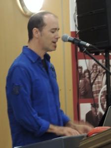2012-10-01 aînés DanielHébert musique