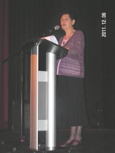 2011-12-06 non-violence LouiseBarbeau